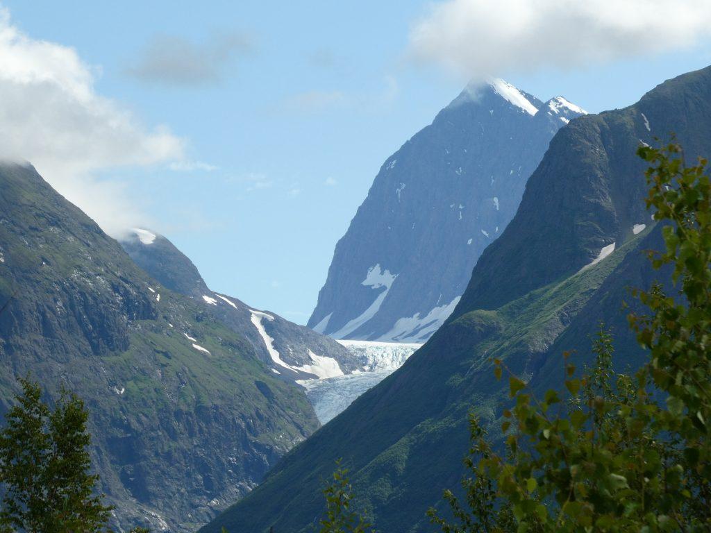 Mountain peaks in Chugach State Park around Eklutna Glacier