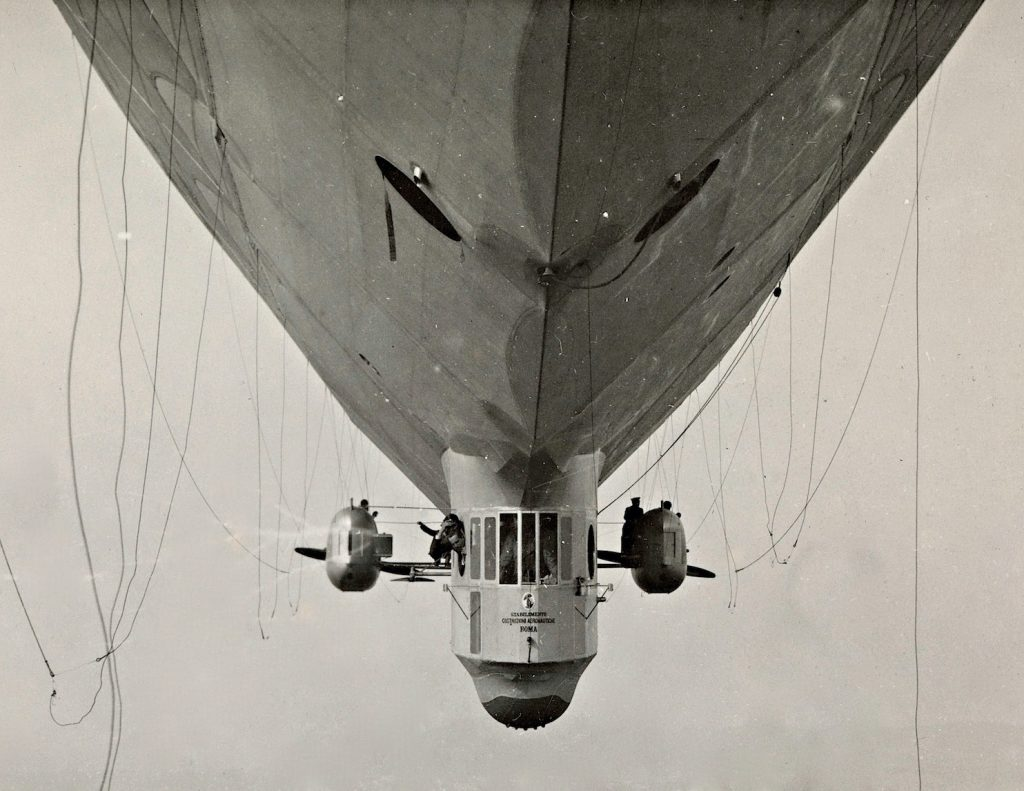 The cabin and underside of the airship Norge viewed from the front in black and white photo