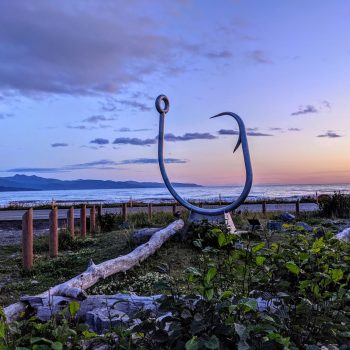 Maui lost his fish hook in Alaska this time!